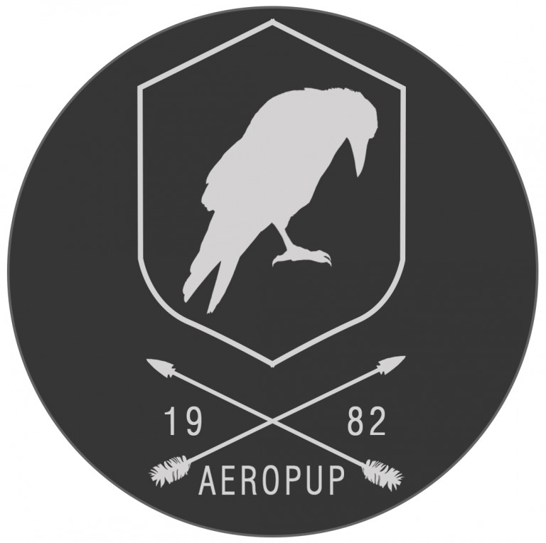 Aeropup hip logo cuervo2 arrow2